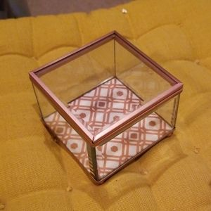Ellen tracy Glass jewelry box with rose gold welds